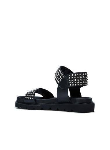 Divarese Divarese 5025190 Trok Detaylı Kadın Sandalet Siyah